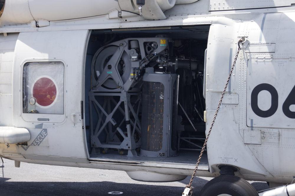 SH-60K 機内